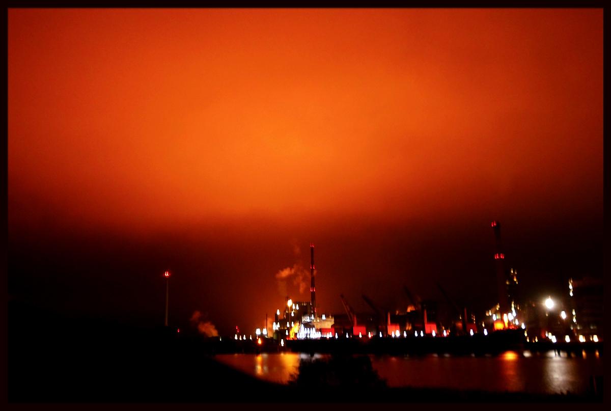 arcelor_mittal-burning_sky.jpg